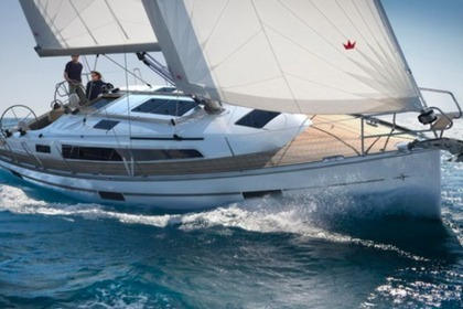 Hire Sailboat BAVARIA CRUISER 37 Biograd na Moru