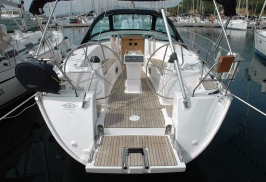 Charter Sailboat Bavaria 40 Cruiser Athens
