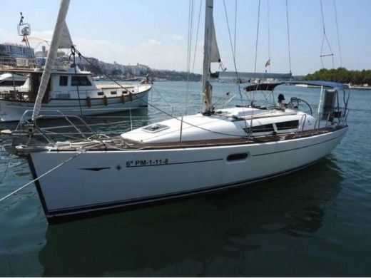 Jeanneau 36I in Mahon for hire