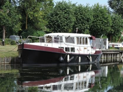 Rental Motorboat De Spill Jachtbouw (Hollandais) Dipper 1500 Cappy