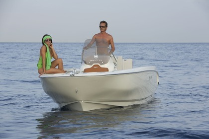 Rental Motorboat INVICTUS 190FX Cannes