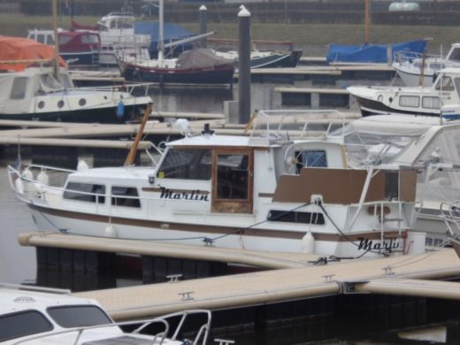 Vechtkruiser 950 (vedette Hollandaise) in Maaseik for hire