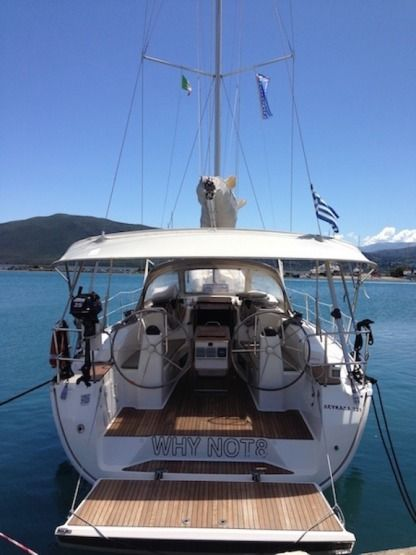 Charter Sailboat Bavaria 40 Cruiser Komilio