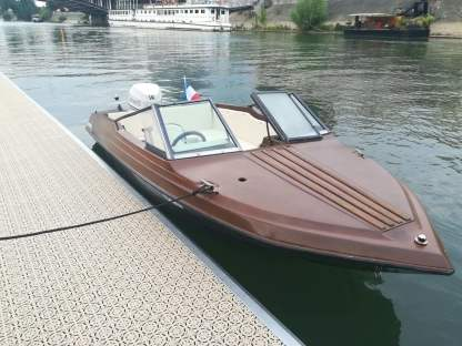 Miete Motorboot Glastron Ssv-164 Paris