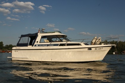 Hire Motorboat NIMBUS 3100 Belgrade