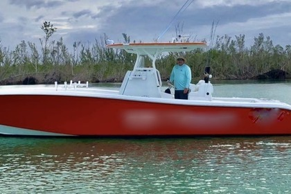 Charter Motorboat Yellowfin 32ft Offshore Naples