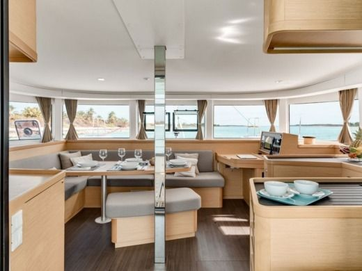 Catamaran Lagoon 42 New 2016