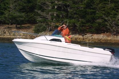 Rental Motorboat Jeanneau Merry Fisher 480 Saint-Gilles-Croix-de-Vie