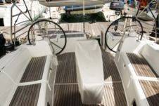 Sailboat Beneteau Oceanis Family 50 for rental