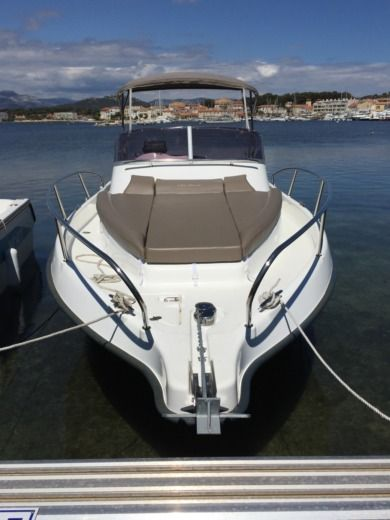 B2 Marine Cap Ferret 752 DC in Six-Fours-les-Plages for hire