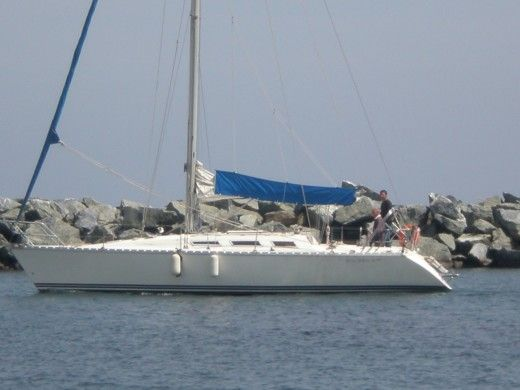 JEANNEAU Sun Shine 38 in Saint-Florent for hire