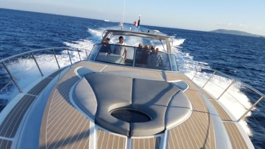 Numarine 52 in Cogolin for hire