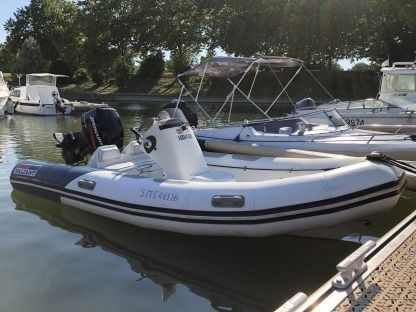 Rental RIB Valiant V450 Sport Mâcon