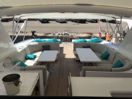 Motorboat Overmarine Mangusta 80 for hire