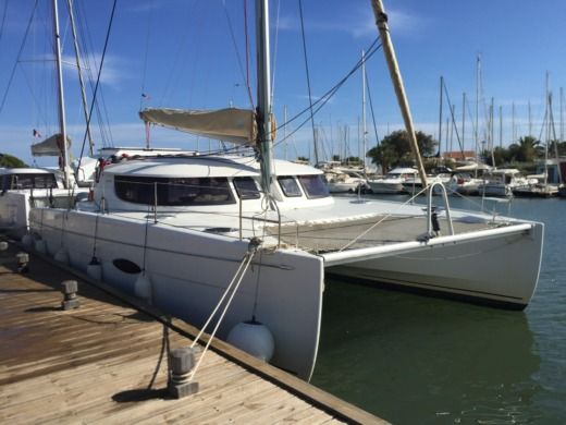 Catamarano FOUNTAINE-PAJOT LIPARI 41 da noleggiare