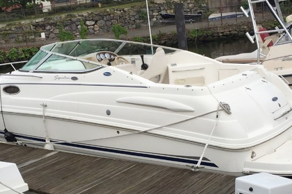 Rental Motorboat CHAPARRAL SIGNATURE 260 Mamaroneck