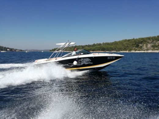 Motorboat Four Winns Sl 262 for rental