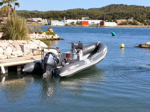 RIB Narwhal SP670 for hire