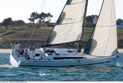 Rental Sailboat Dufour 36E Branford