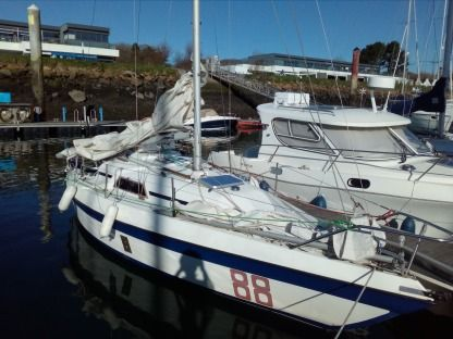 Rental Sailboat Cormoran Challenger Export Brest