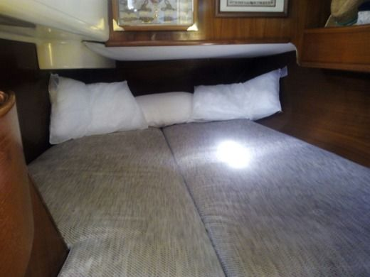 Sailboat Jeanneau Voyage  12.5 for hire