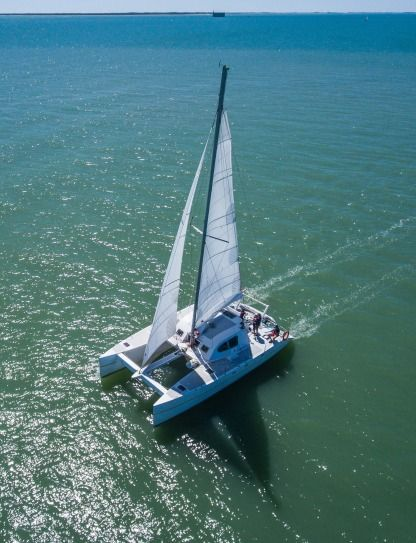 Rental Catamaran Amateur Bronco 132 La Rochelle