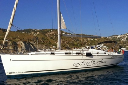 Rental Sailboat BENETEAU CYCLADES 43.4 Pozzuoli