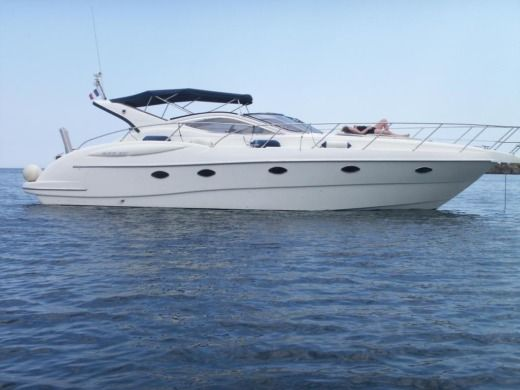 Motorboat GOBBI 425 SC peer-to-peer