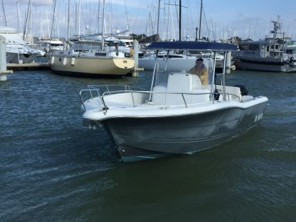 Rental Motorboat Kelt White Shark 265 Open Pornichet