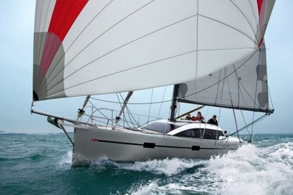 Rental Sailboat FORA MARINE Rm 1060 Lorient