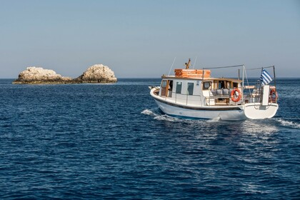 Hire Motorboat Traditional Traditional Folegandros