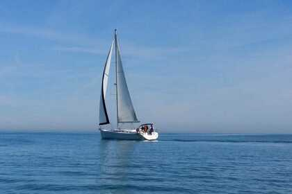 Rental Sailboat Beneteau Cyclades 50.4 Valencia