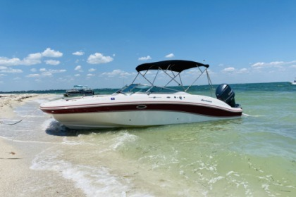 Rental Motorboat Hurricane Sundeck 28 ft Cape Coral