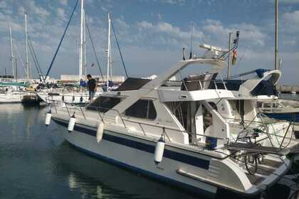 Rental Motorboat Guy Couach 1200 Fly Marbella