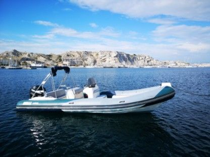 Rental RIB Vailliant 750 Marseille