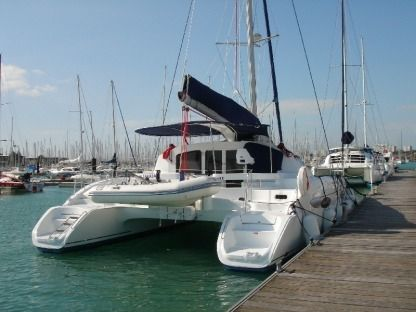 Location Catamaran Fountaine Pajot Lavezzi 40 Port Mahon
