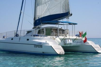 Location Catamaran Fountaine Pajot Athena38 Stintino