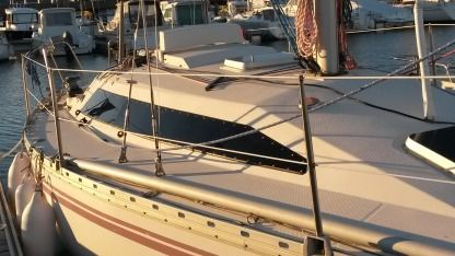 Rental Sailboat Jeanneau Rush 31 Quiberon