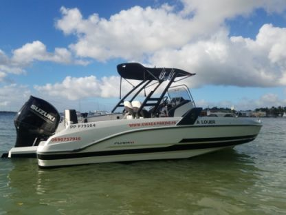 Rental Motorboat Beneteau Flyer 6.6 Spacedeck Le Gosier