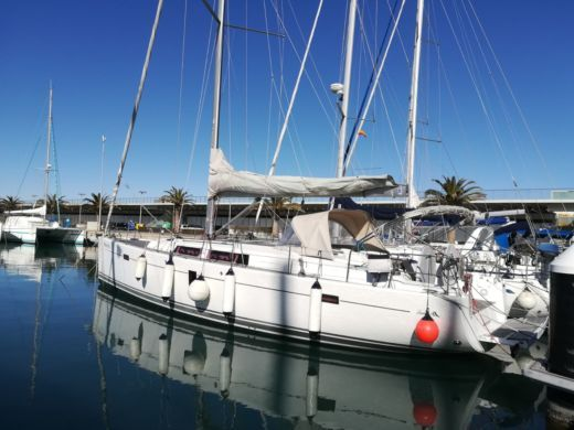 Rental sailboat in Valencia