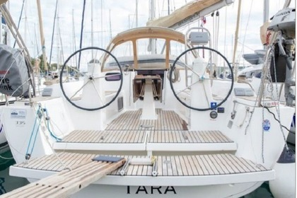 Charter Sailboat DUFOUR 335 Grand Large Rogoznica