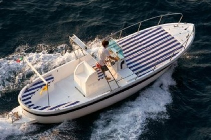 Hire Motorboat Ingenito Gozzo 750 Sorrento