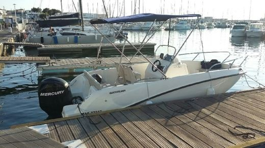 QUICKSILVER 535 ACTIV OPEN in Fréjus zu vermieten