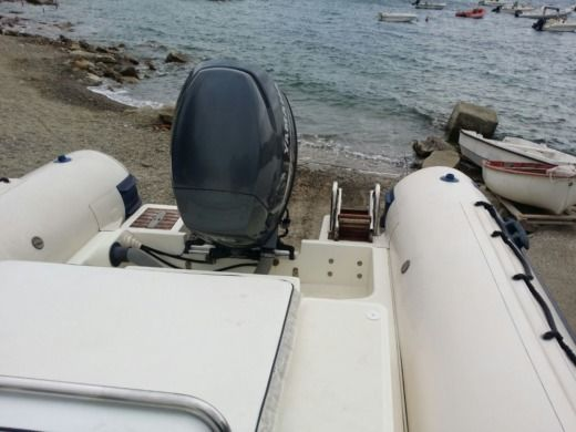 Jocker Boat Coaster 650 in Reggio Calabria for hire