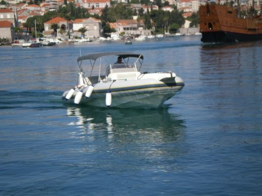 Marlin Boats 29 in Dubrovnik for hire