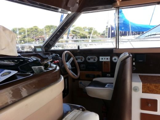 RIVA 34 PORTOFINO in Bormes-les-Mimosas for hire
