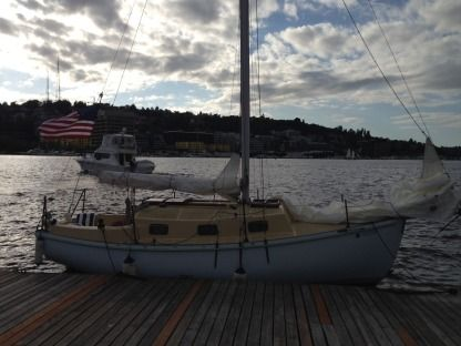 Charter Sailboat Allegra 24 Seattle