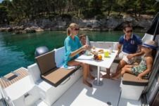 Charter Motorboat Jeanneau Merry Fisher 795 Trogir