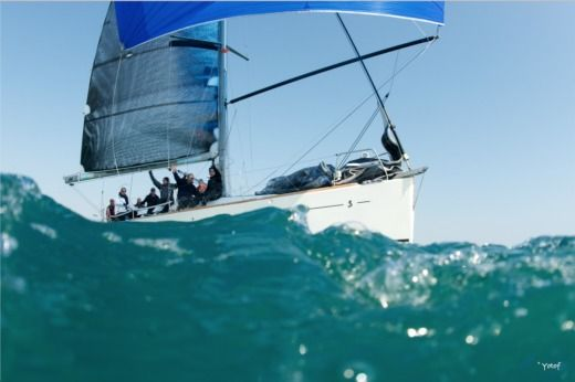 Beneteau First45 Pack Racing in La Grande-Motte zu vermieten