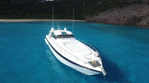 Over Marine Mangusta 80 in Marigot
